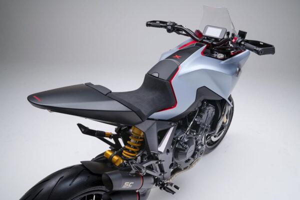 03-Honda-CB4X-12