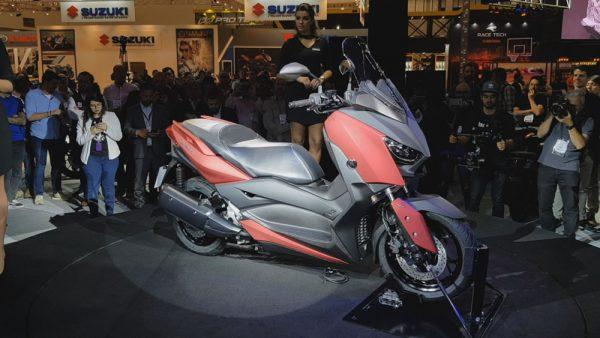 03-XMax-250-01