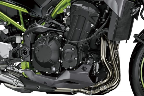 z900-2021-05-motor