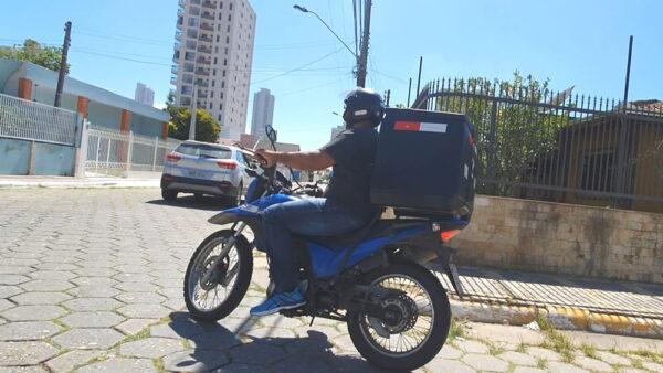 moto-delivery-04