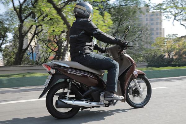 Honda-BIZ125-2021-03