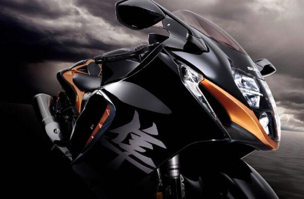 Suzuki-Hayabusa-2022-04-Farol