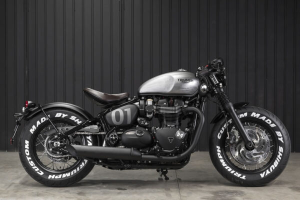 Triumph-TCM-04-Bobber-Black