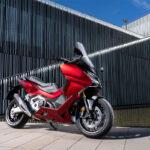 Com estilo moderno Honda Forza 750 ganha prêmio de design