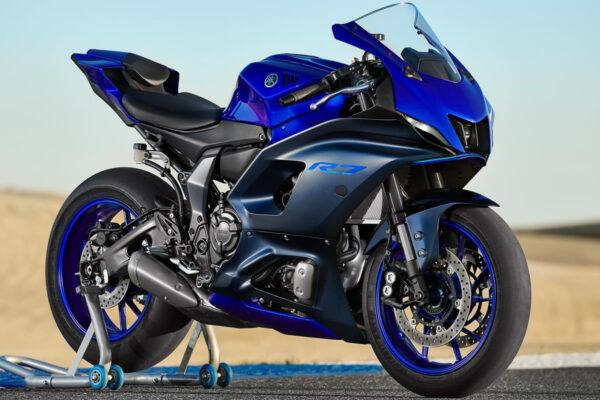 Yamaha-R7-2022-03