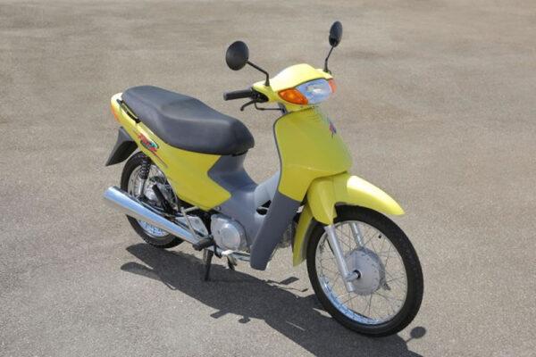 Historia-Honda-Biz-03-C100