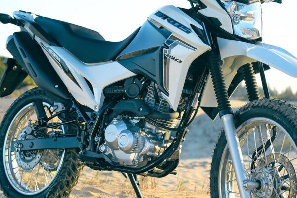 Honda-Bros-160-2022-06-branca